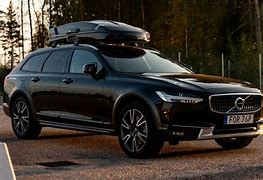 Thule vector roof cargo box.